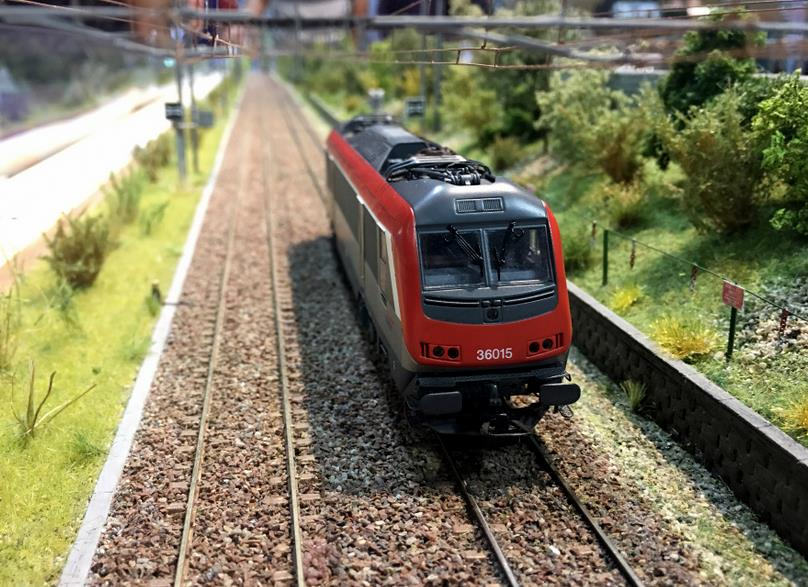 JOUEF HORNBY 2010 BB 36015 SNCF