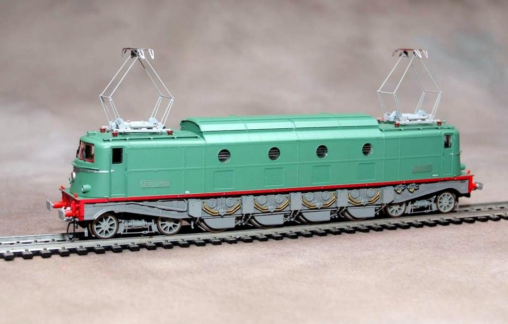 JOUEF HORNBY HJ 2136 2D2 5400 5423 SNCF 004 - Loco-ho